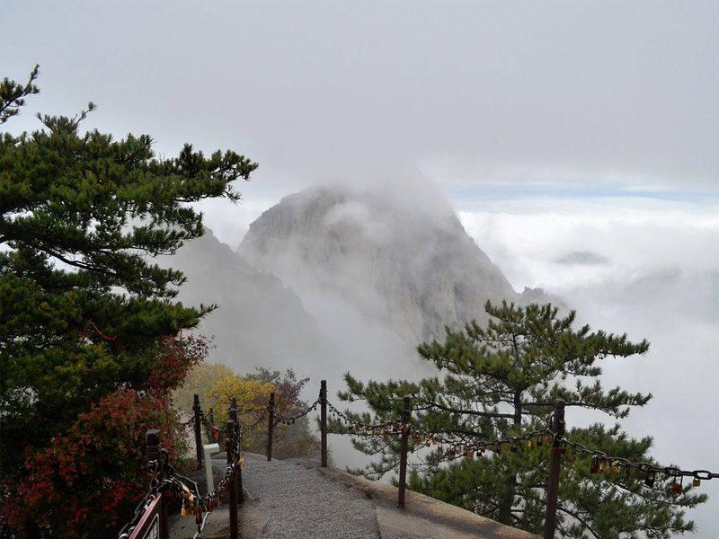 Randonnée dans le mont sacré Hua Shan